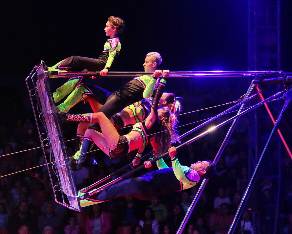 Professional Circus Acts Now Circus 4 Youth